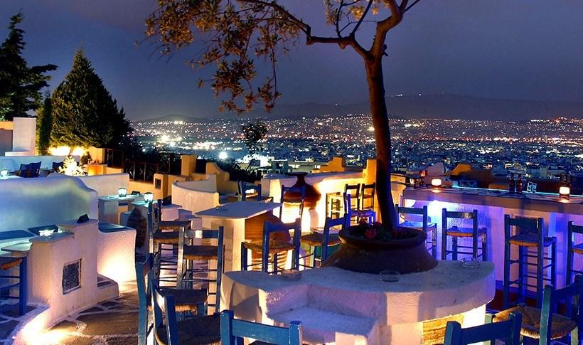 Αύγουστος στην Αθήνα; Οι Urban ταράτσες της πόλης για να «ξεχαστείς»!